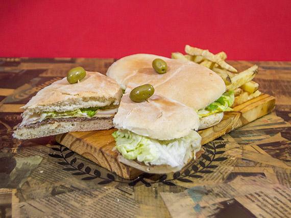 Promo 1 - 2 sándwiches de lomo especial con papas naturales