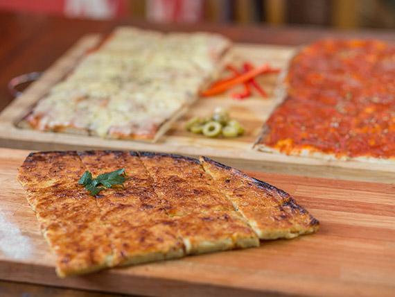 Promo 1- 2 pizzas muzzarella + 2 pizzas con salsa + 2 fainá