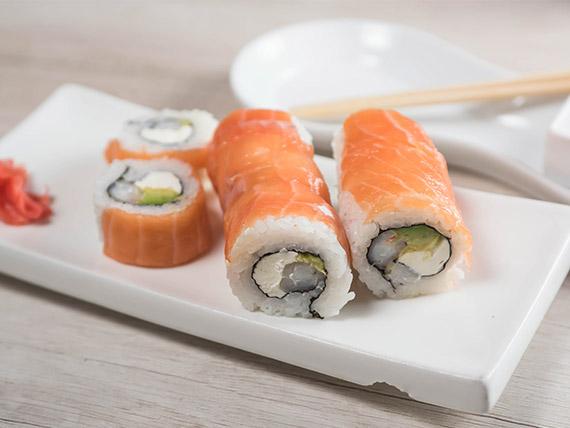 Sake cheese roll (8 bocados)
