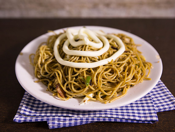 Espaguete de pernil