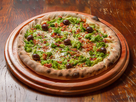 15 - Pizza de brócolis