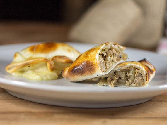 05 - Empanada de pollo