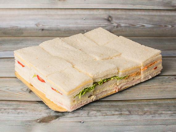 Promo - 48 Sándwiches simples surtidos