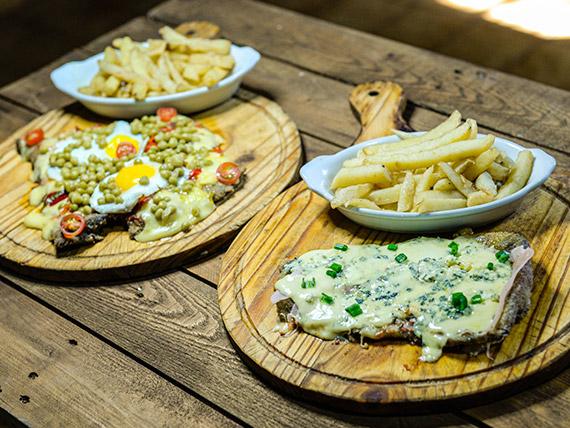 Promo - Milanesa a la riojana para dos personas + milanesa al roquefort con jamón + papas fritas para cuatro personas