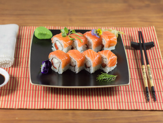Uramaki ebi salmón roll (8 piezas)