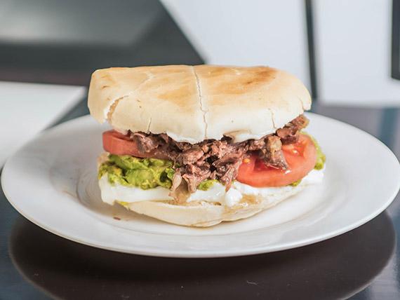 Sandwich Toro 1