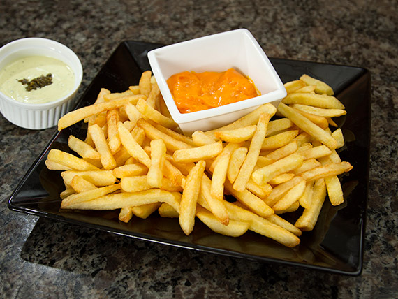 Porção de fritas grande com cheddar