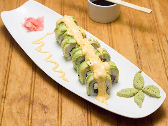 17 - Avocado roll sake