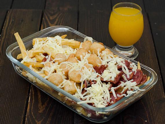 Porção de batata, bacon, queijo, mandioca e linguiça calabresa (500 g)