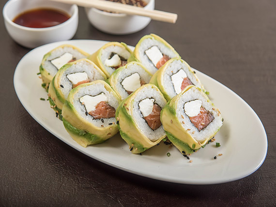 Avocado roll (9 bocados)