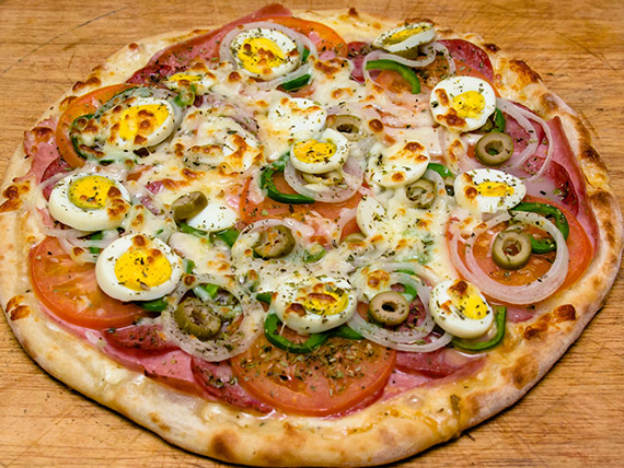 16- Pizza grande portuguesa