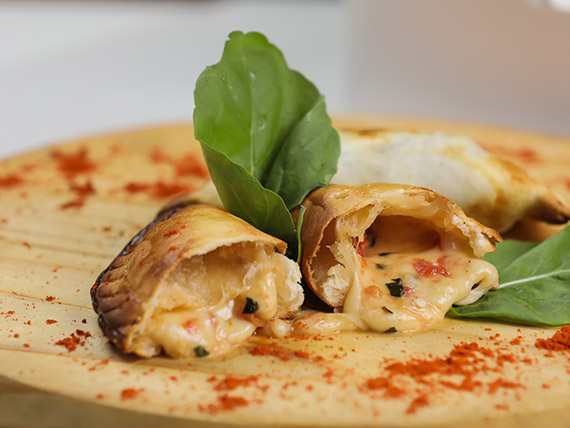 Empanada capresse (14 cm)