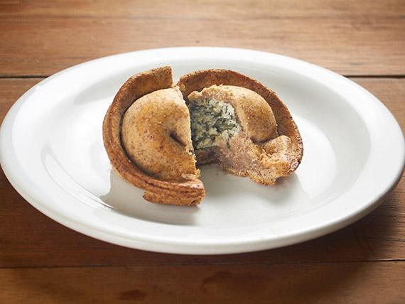64 - Empanada integral de espinafre com ricota