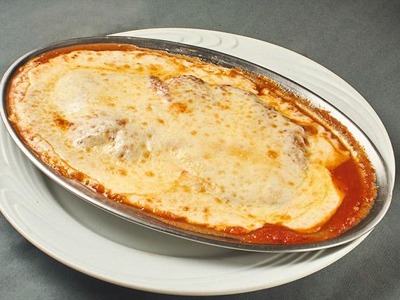 Filé mignon - Parmegiana (gratinado no forno a lenha)