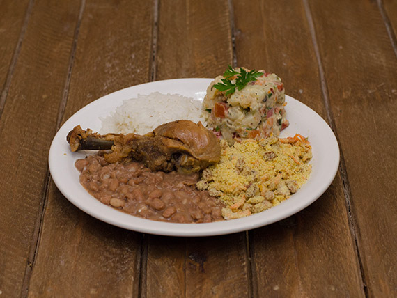 Prato da quarta-feira - Maionese com frango assado ou bife de boi