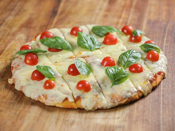 Pizzeta con muzzarella capresse