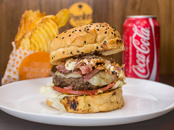 Combo - Burguer Pocket Angus + refrigerante lata + chips