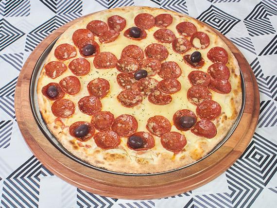 Pizza grande 72 - Pepperone