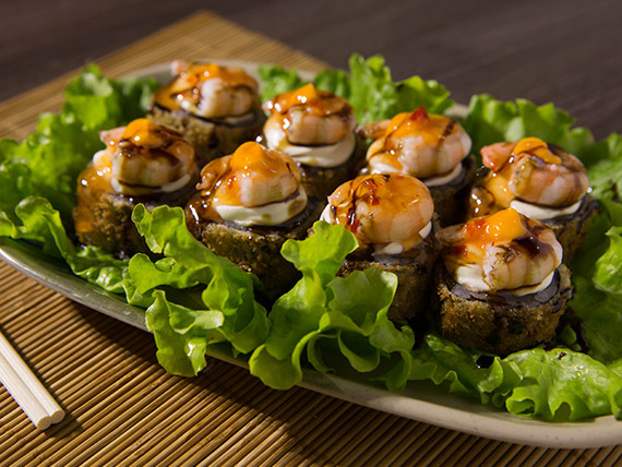 Hot de salmão e camarão (8 unidades)