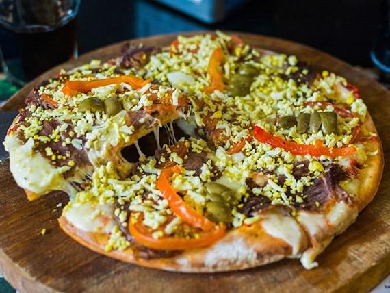 Pizza especial con ternera