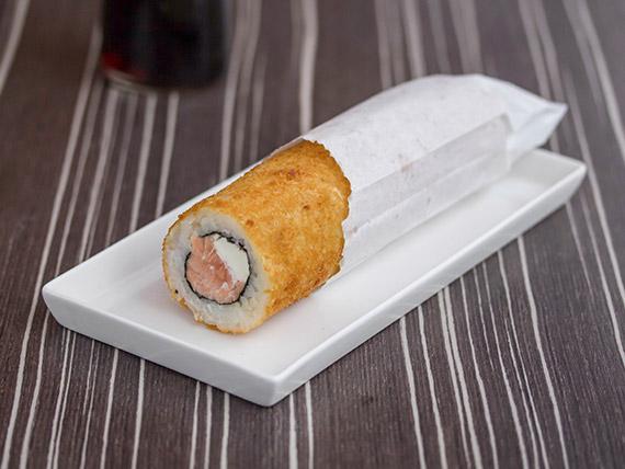 052 - Hand roll de salmón