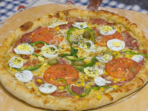 9 - Pizza portuguesa grande