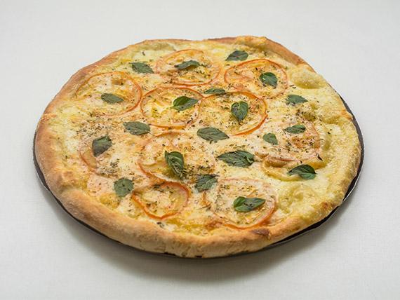 Pizza gigante de marguerita