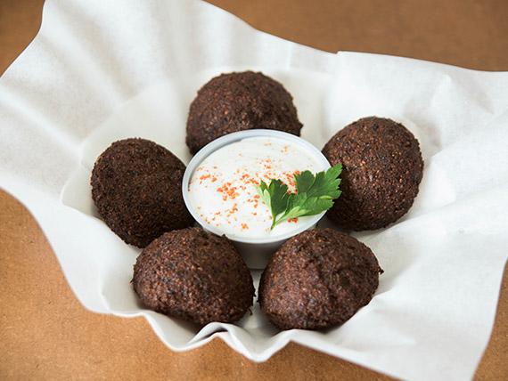 Porción de falafel vegetariano (5 unidades)