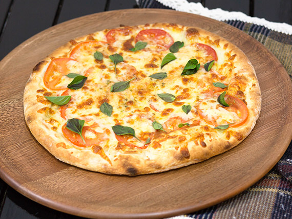 Pizza marguerita média