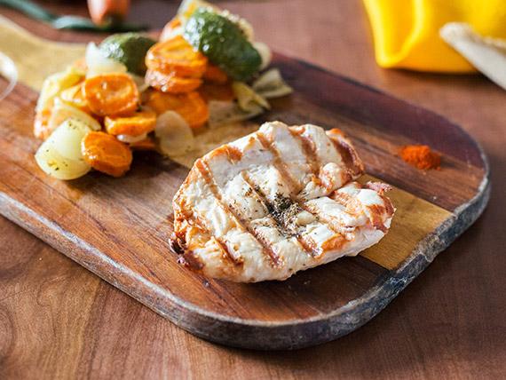 Pollo grillé con vegetales