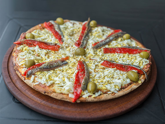 Pizza con anchoas especial