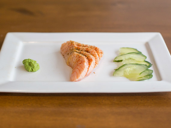 Sashimi de salmón spicy