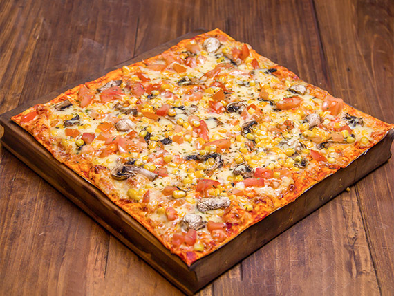 Pizza vegetariana 1 + bebida 1.5 L