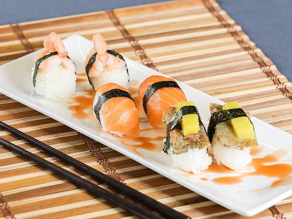 Niguiri de salmón (2 unidades)