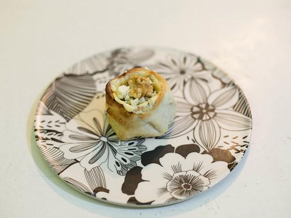 Canastita de roquefort, apio y nueces