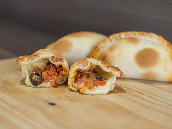 Empanada siciliana