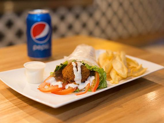 Combo 1 - Shawarma o falafel + papas fritas Mc Cain+ gaseosa en lata 330 ml