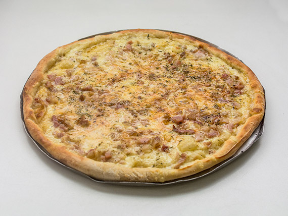 Pizza gigante de bacon