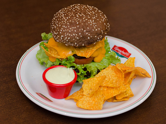 Hambúrguer - black nachos