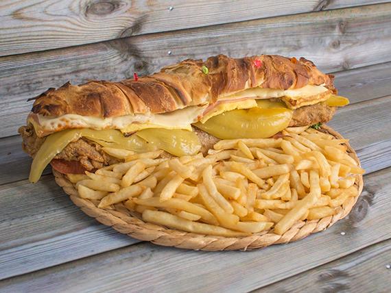 Sándwich torpedo a la milanesa