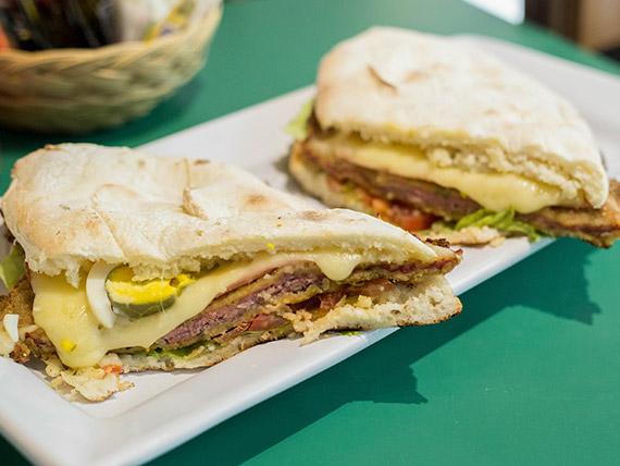 Sándwich de milanesa o suprema completo (para compartir)