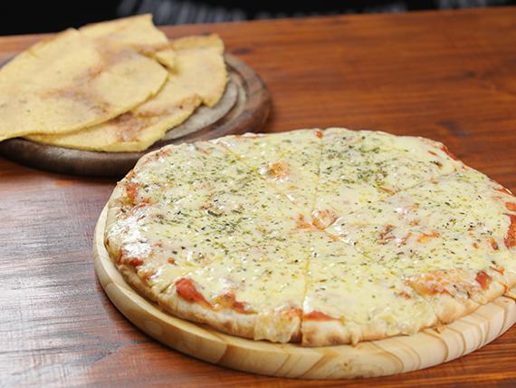 Promo 1 - Pizzeta mediana con muzzarella (32 cm) + 2 fainá