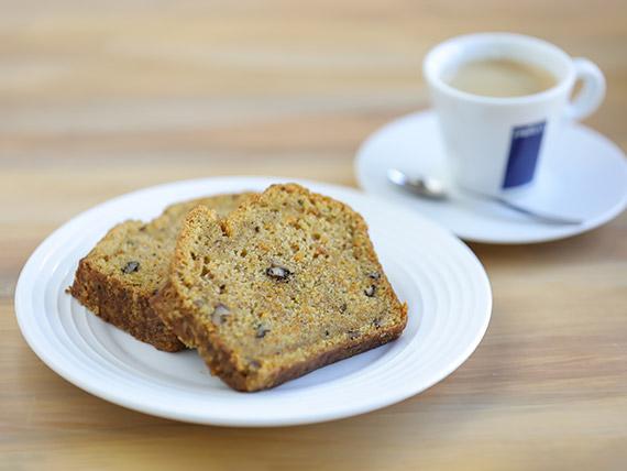Desayuno 3 - Porción de torta + té, café americano o exprimido de naranja