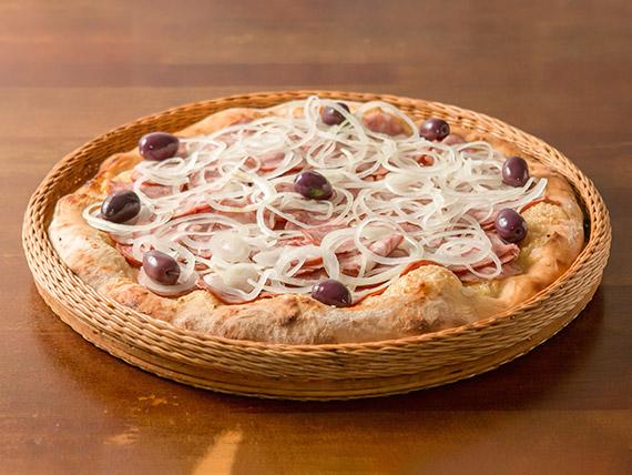 02 - Pizza calabresa