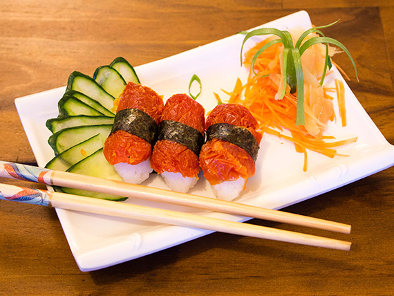 Niguiri sushi tomate seco