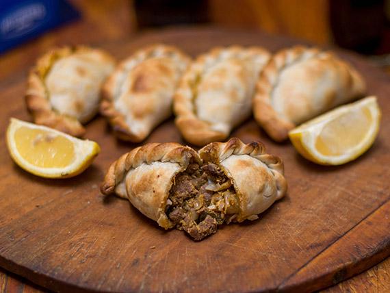 Empanada de carne (docena)