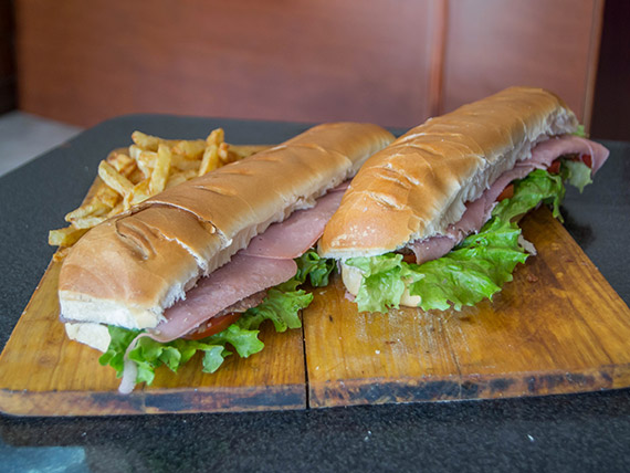 Promo 1 - 2 lomos XXL de carne + papas fritas + refresco Pritty lomón 1.5 L