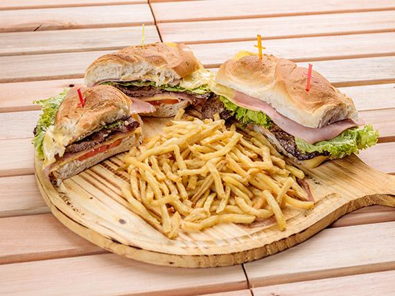 Promo 3 - 2 lomitos especiales con papas fritas