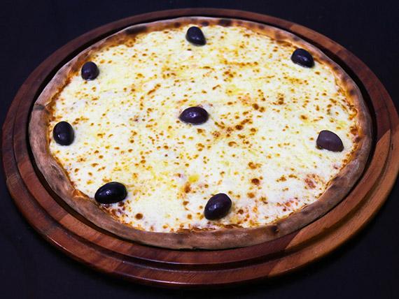 42 - Pizza mussarella grande
