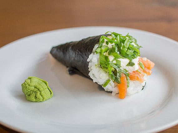 Temaki salmón, Philadélphia y verdeo